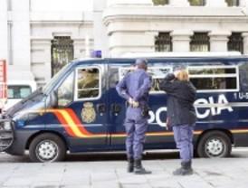 La Policía busca a una menor que se fugó de su casa con un joven en Getafe