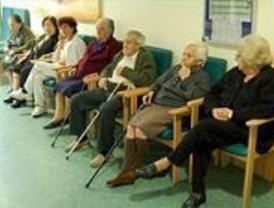 El 19,8 % de los mayores madrileños viven solos