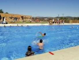 Los vecinos de Quijorna ya se pueden dar un baño en la piscina municipal