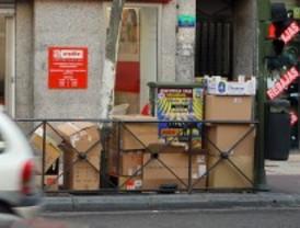 Las zonas comerciales con recogida de cartón reciclan más