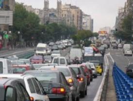 Dos accidentes complican el tráfico matinal