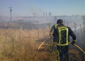 Un incendio entre la M-40 y El Pardo quema varias hectáreas