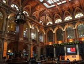 La Bolsa cierra con una subida tras el respaldo europeo a bancos y ahorradores
