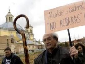Los vecinos de la Cornisa llevan su protesta a la Maratón