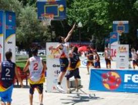 El baloncesto 'toma' la Plaza de España