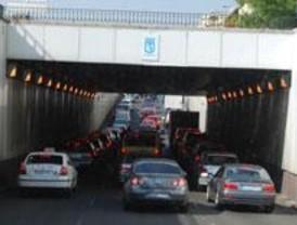 La Calle 30 colapsada a su paso por Méndez Álvaro por el corte de dos carriles
