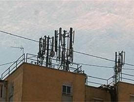 El Ayuntamiento minimizará el número de antenas de telefonía en Móstoles