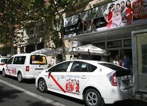 El teatro Amaya, primer anunciante en el taxi