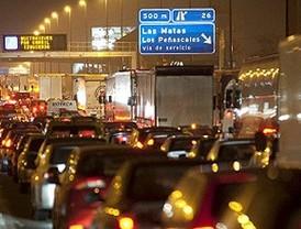 Cientos de vehículos quedan atrapados en la A-6 durante cinco horas por el temporal de nieve
