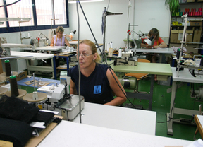 La producción industrial cae en Madrid mientras asciende en España