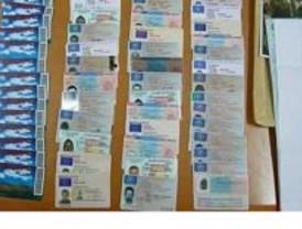 Cae una red que falsificaba documentos de identidad de varios países europeos
