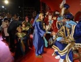 Más de 10.000 vecinos en la cabalgata de Reyes de Boadilla del Monte