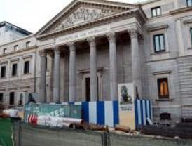 Las obras de Madrid también afectan a los leones de las Cortes