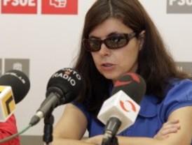 El PSOE denuncia que el colegio sigue cerrado y el PP les acusa de