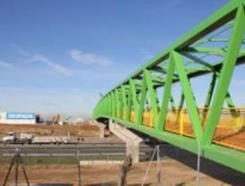 Parla inaugura una pasarela sobre la A-42entre la ciudad y el parque tecnológico PAU-5