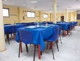 200 personas comen cada día en el restaurante para desempleados de Móstoles