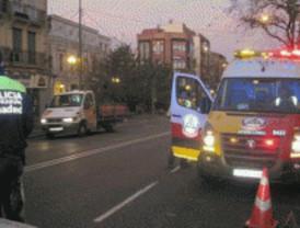 Herido muy grave tras ser arrollado por un taxi