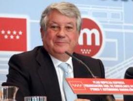 Arturo Fernández pide a Aguirre que amplíe el Plan Impulsa Pyme