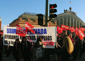Manifestantes vigilantes seguridad Atocha