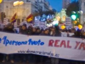 Los 'indignados' salen a la calle para pedir la reforma del sistema electoral