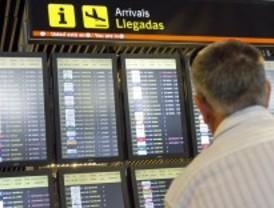 Huelga del personal de asistencia a viajeros con movildiad reducida en Barajas