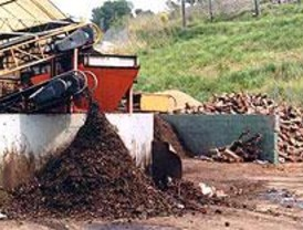El PP de Getafe propone usar compostadores para convertir los residuos en abono