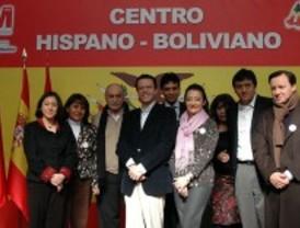 Madrid inaugura el centro para bolivianos más grande de España