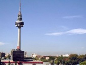 La consejera de Medio Ambiente niega que los madrileños respiren aire perjudicial
