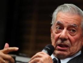El Gobierno ofrece a Vargas Llosa el Instituto Cervantes