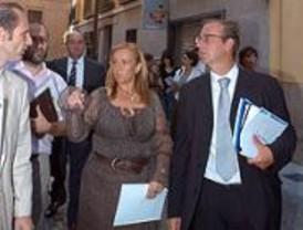 Martínez pide a Comunidad y Ministerio que inviertan más en vivienda