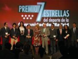 Aguirre entrega los premios Siete Estrellas a Contador, Castrejana y el Real Madrid