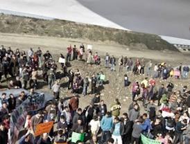Las familias de la Cañada Real piden que se paralice el derribo de sus casas
