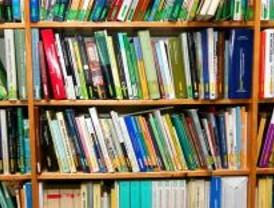 Lucas propone más ayudas para libros de texto