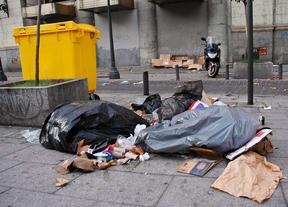 La huelga de limpieza deja calles más sucias