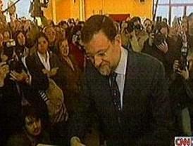 Rajoy pide que se vote pensando en el futuro