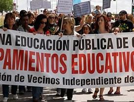 Centenares de vecinos de Villaverde piden un nuevo colegio y un instituto