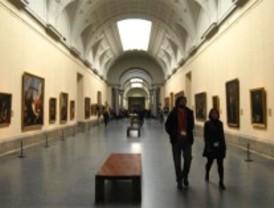 Desnudo y borracho en una visita al Museo del Prado