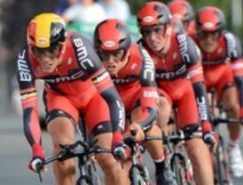 Cortes en las carreteras por la Vuelta Ciclista