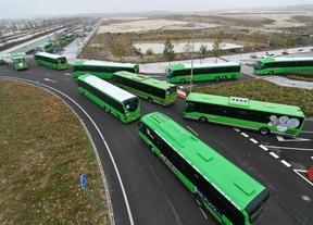 1.500 firmas contra la reducción del horario de la línea 527 de autobús