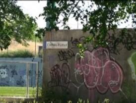 Izquierda Unida denuncia el abandono del polideportivo Gallur