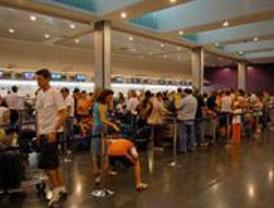 Spanair cancela 17 vuelos en Barajas por la huelga de tripulantes de cabina