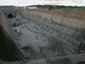 Madrid pide explicaciones por la caída del techo de un túnel del AVE Valencia
