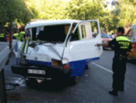 Dos heridos graves en sendos accidentes de tráfico
