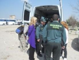 Una banda robaba vehículos en la Cañada Real para venderlos por piezas