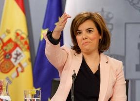 Sáenz de Santamaría remite la sucesión de Botella a la decisión del partido