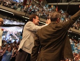El PP de Aguirre y Gallardón reclama la confianza de los madrileños para volver a crear empleo
