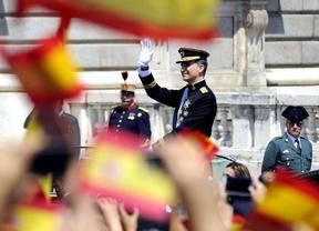 Llegada del coche del rey Felipe VI a la plaza de Oriente en el día de su proclamación