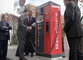 Metro instala una 'gasolinera' para coches eléctricos