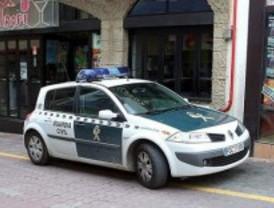 Dos hombres dan una paliza al dueño de una discoteca de Huelva por no dejarles fumar