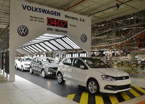 Volkswagen Polo saliendo de la línea de montaje